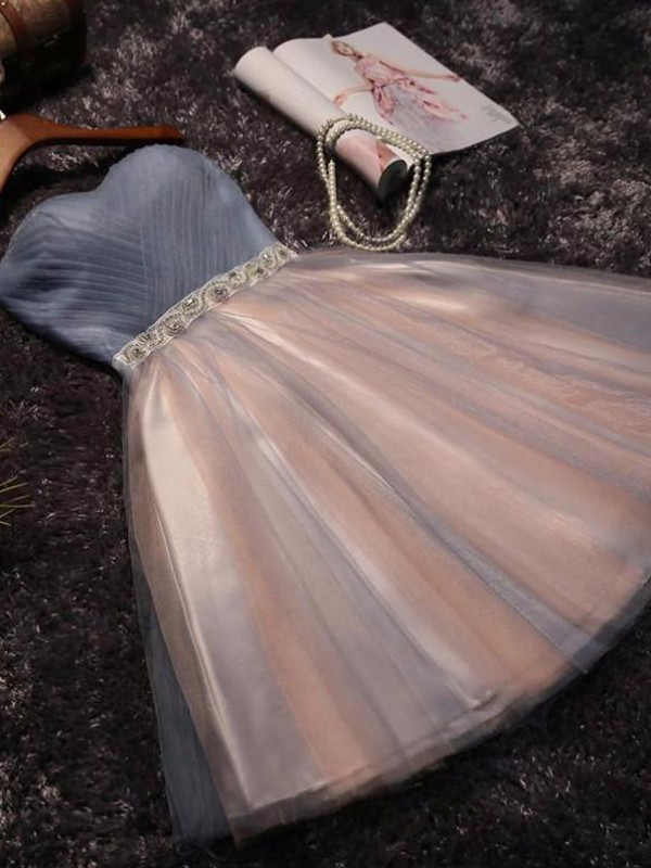 Attractive A-Line Sweetheart Cut Tulle With Beading Short Dresses