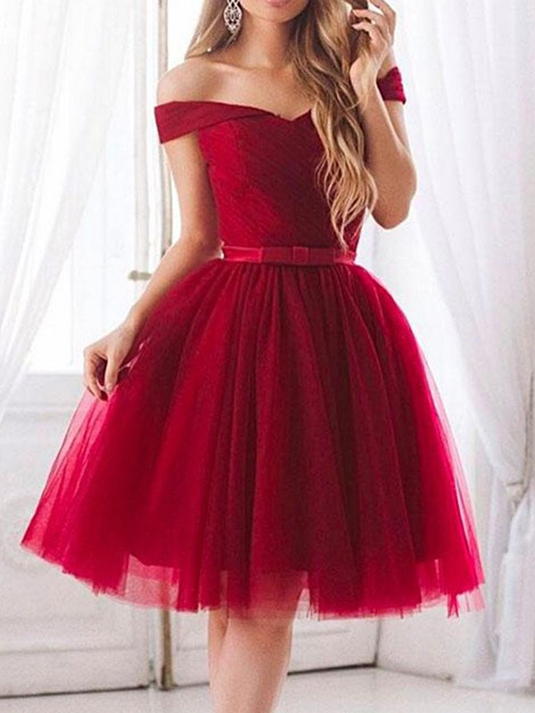Dreamlike A-Line Tulle Ruffles Off-the-Shoulder Cut Short Dresses