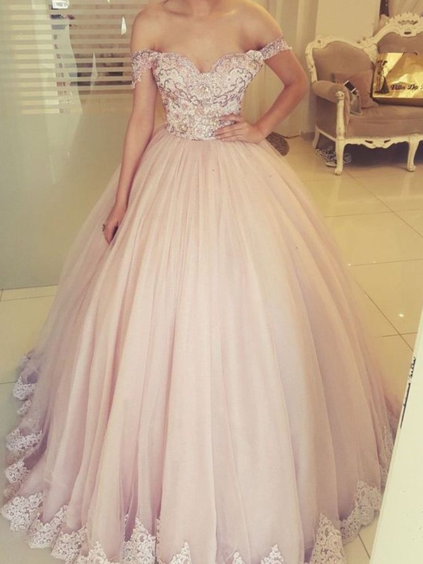 Ball Gown Off-the-Shoulder Floor-Length Sleeveless Tulle Applique Dresses