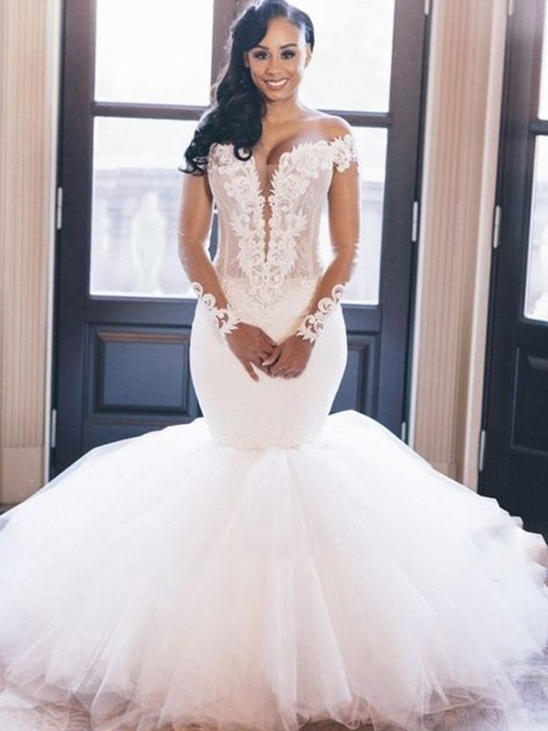 Charming Mermaid Off-the-Shoulder Cut Tulle Long Wedding Dresses with Applique