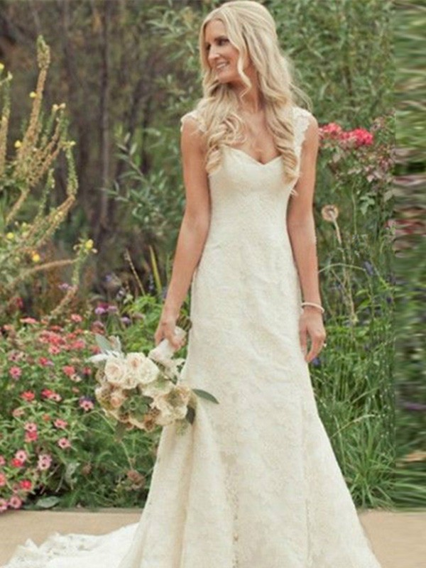 Awesome Mermaid V-neck Cut Lace Long Wedding Dresses With Ruffles