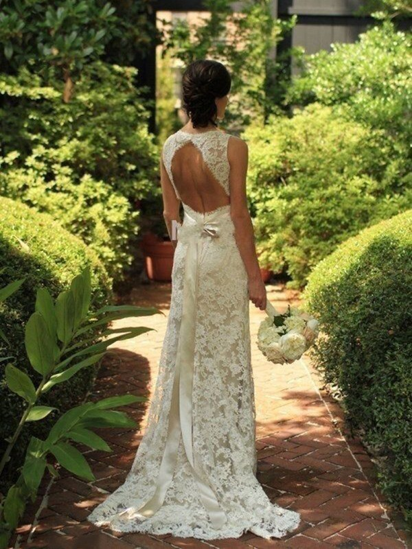 Attractive Sheath V-neck Cut Lace Long Wedding Dresses With Ruffles