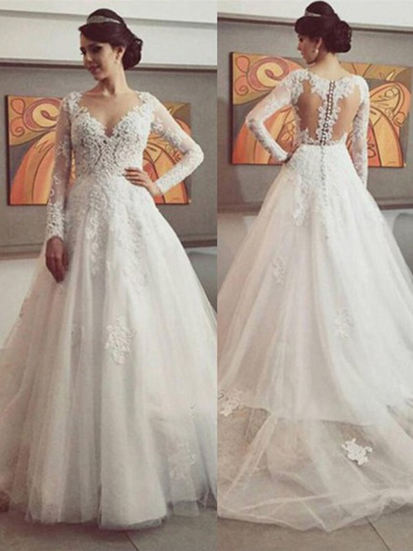 Glamorous Ball Gown V-neck Cut Tulle Long Wedding Dresses With Lace