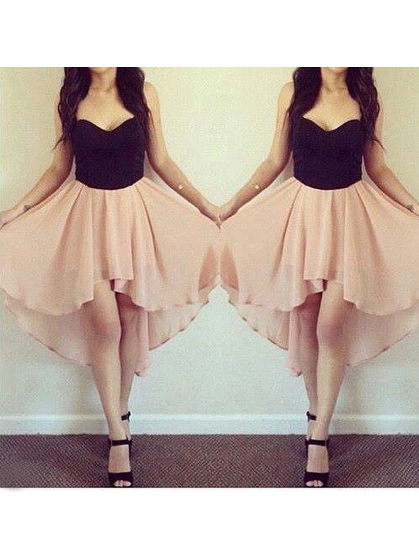 Romantic A-Line Sweetheart Cut Chiffon Short Dresses With Ruffles