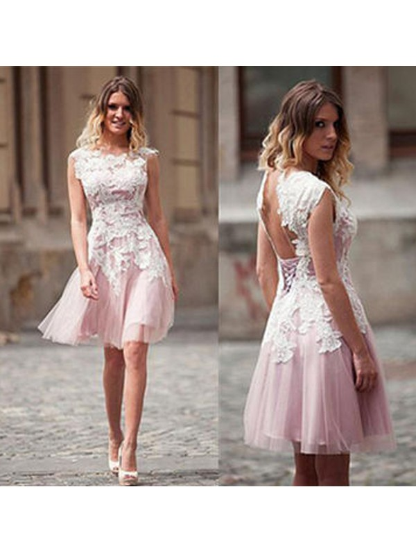 Sweet A-Line Scoop Cut Tulle Short Dresses With Applique