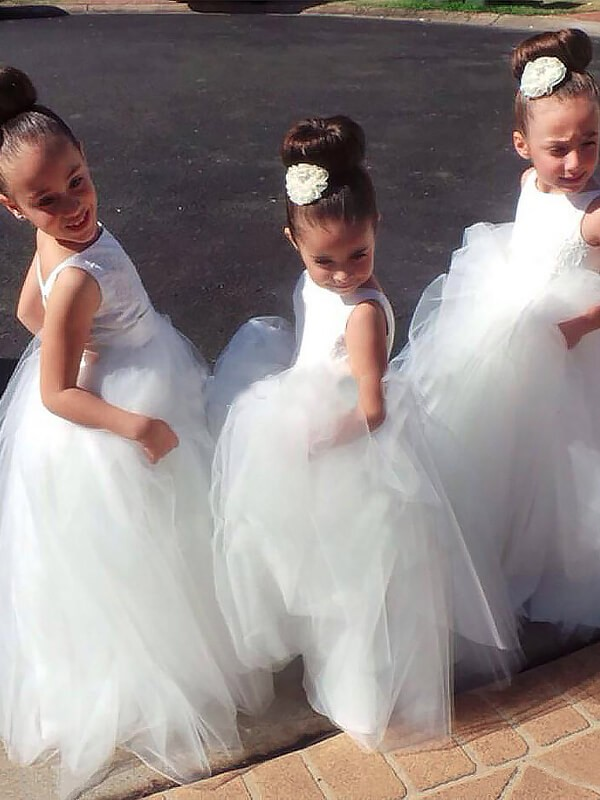 Lovely Ball Gown Jewel Cut Tulle Long Flower Girl Dresses With Ruffles