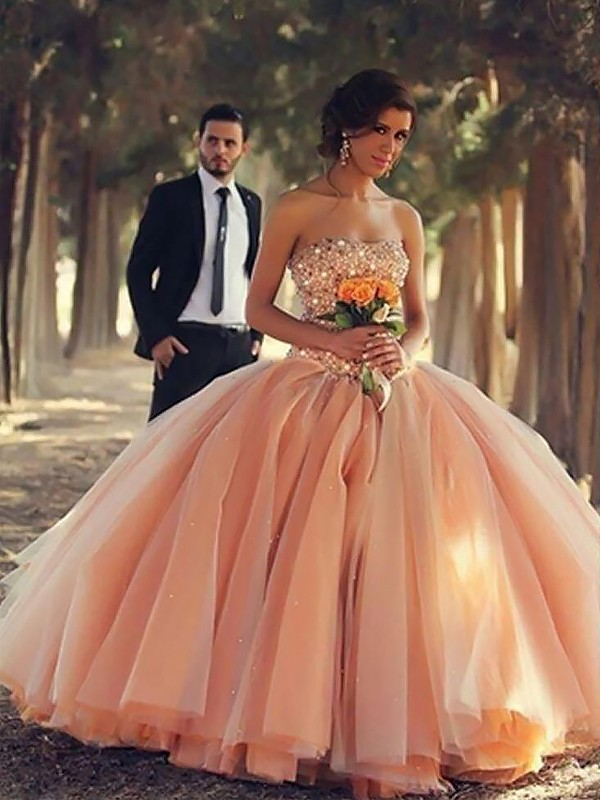 Stylish Ball Gown Strapless Cut Tulle Long Dresses With Beading