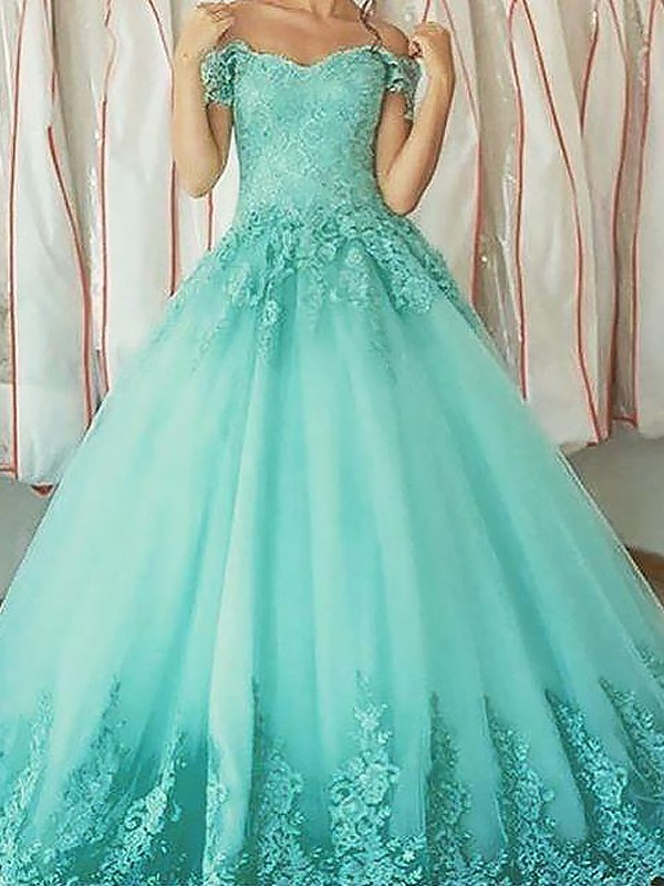 Gorgeous Ball Gown Off-the-Shoulder Cut Tulle Long Dresses With Applique