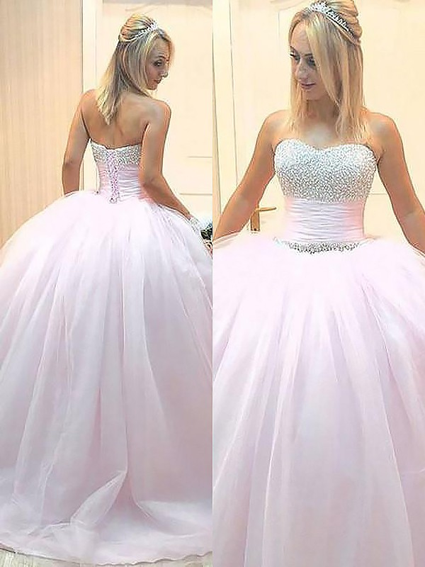 Charming Ball Gown Sweetheart Cut Tulle Long Dresses With Beading