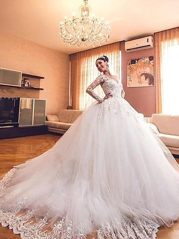 Amazing Ball Gown V-neck Cut Tulle Long Wedding Dresses With Ruffles