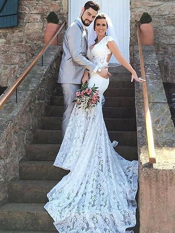 Gorgeous Mermaid Sweetheart Cut Lace Long Wedding Dresses With Ruffles