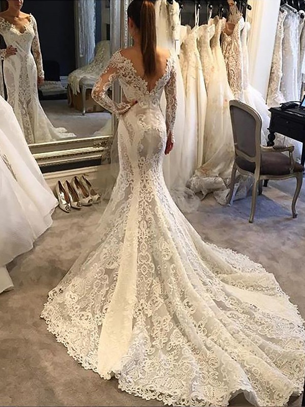 Romantic Mermaid V-neck Cut Lace Long Wedding Dresses With Ruffles