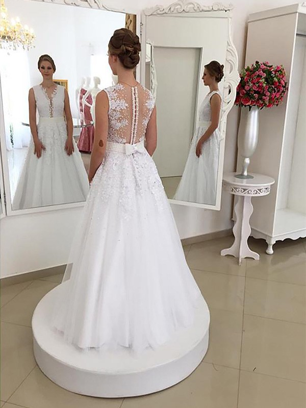Attractive Mermaid Scoop Cut Lace Long Wedding Dresses With Ruffles