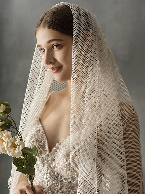 Fancy Tulle One-Tier Chapel Bridal Veils